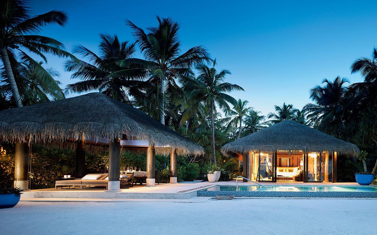 10 - Beach Pool Villa - Exterior View