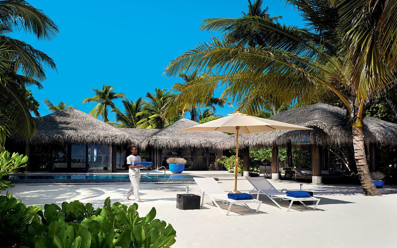 11 - Deluxe Beach Pool Villa - Exterior View