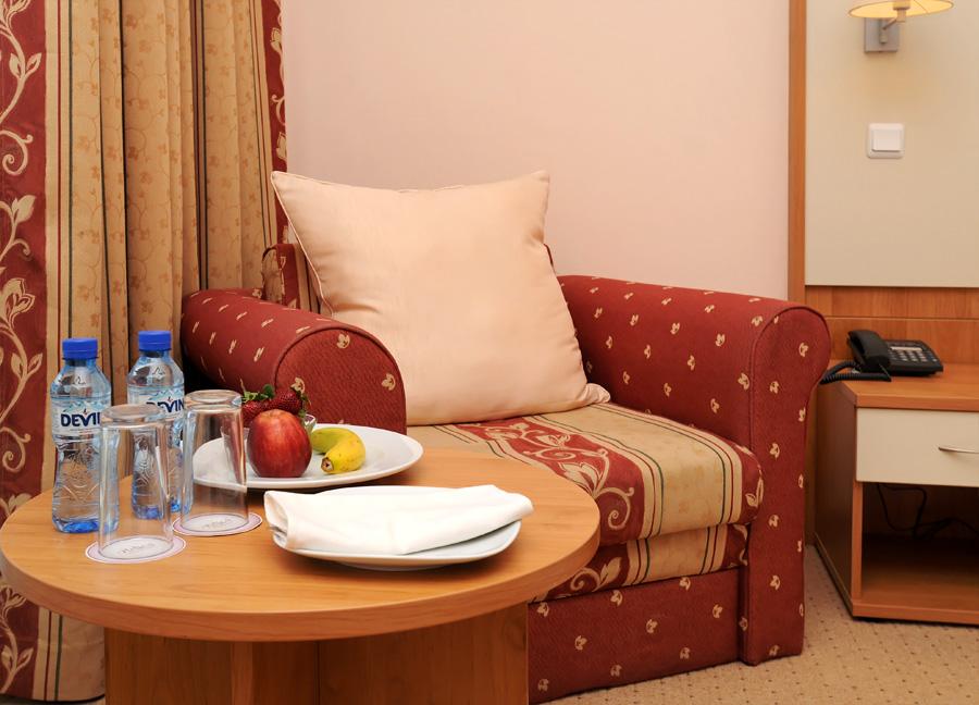 11. Sofabed Set up