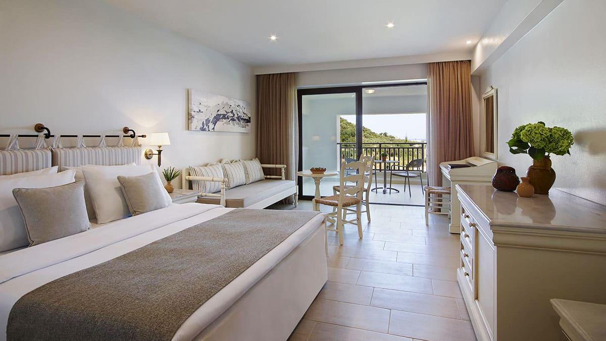 17.-Family-Room-Open-Plan-Creta Maris