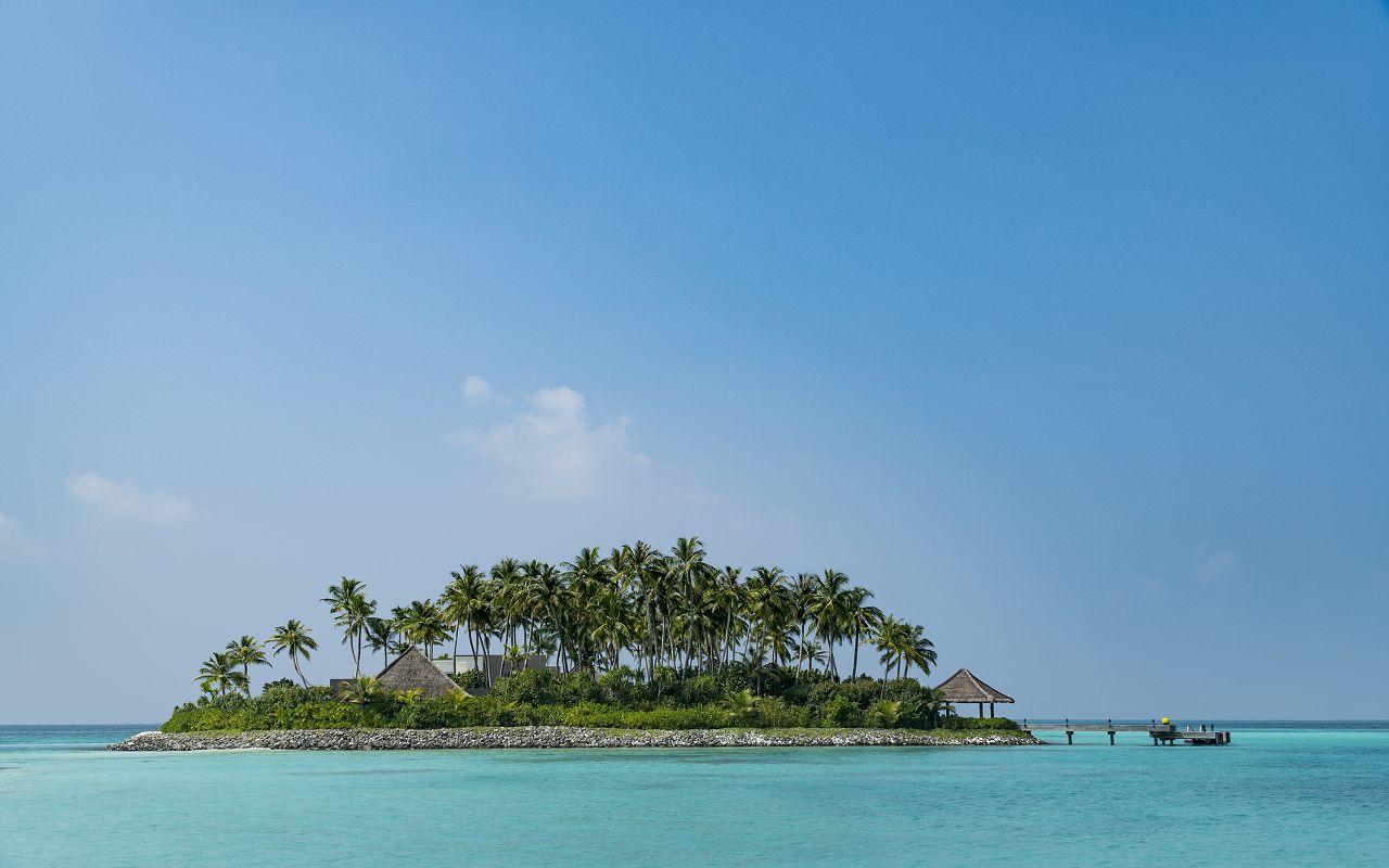 2-4-owner-s-villa-private-island-dsc0266-f-nannini