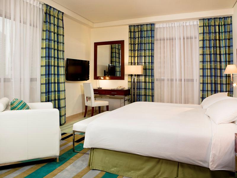 2-Bedroom Apartment -  Main bedroom - Photo2