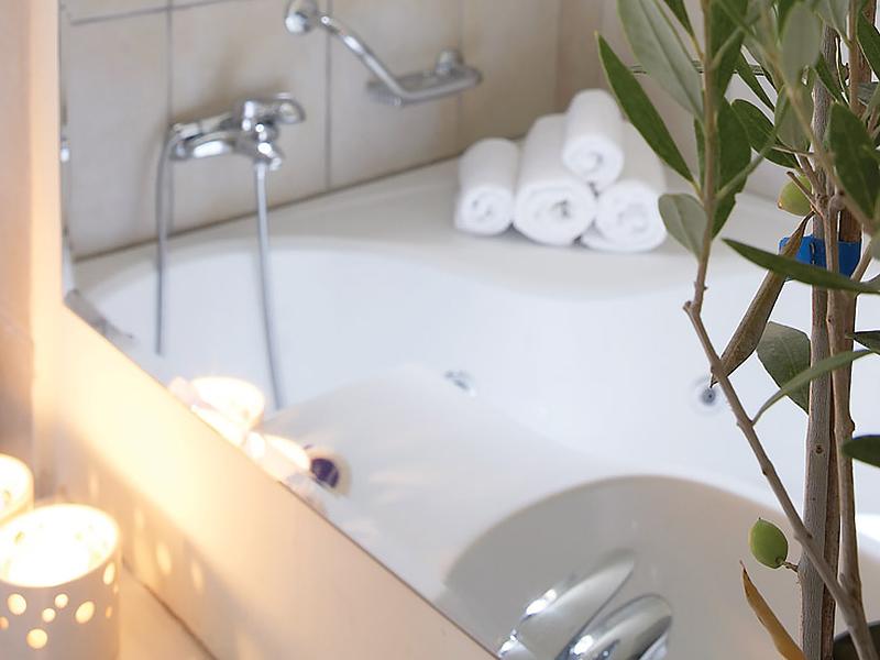 2-Bedroom Apartment - Maisonette3