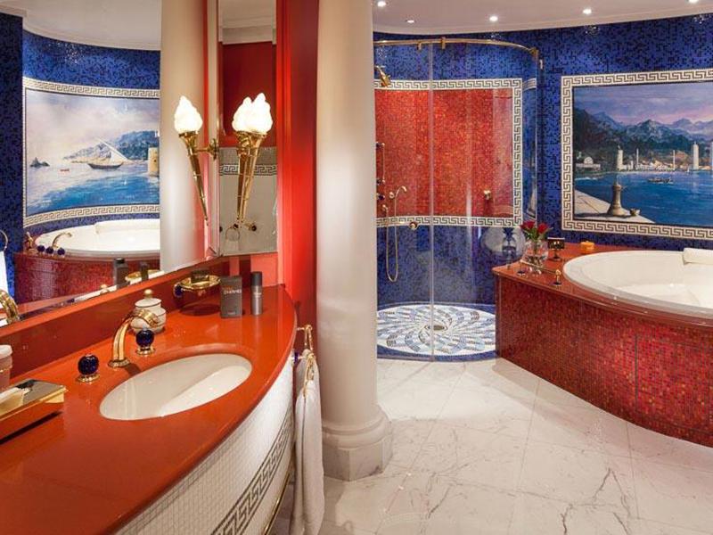 2 Bedroom Deluxe Suite (2)