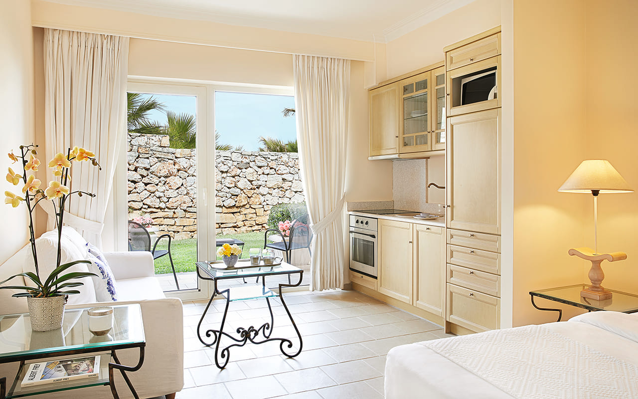 20-Casa-Marina-Family-Apartment-grecotel mp