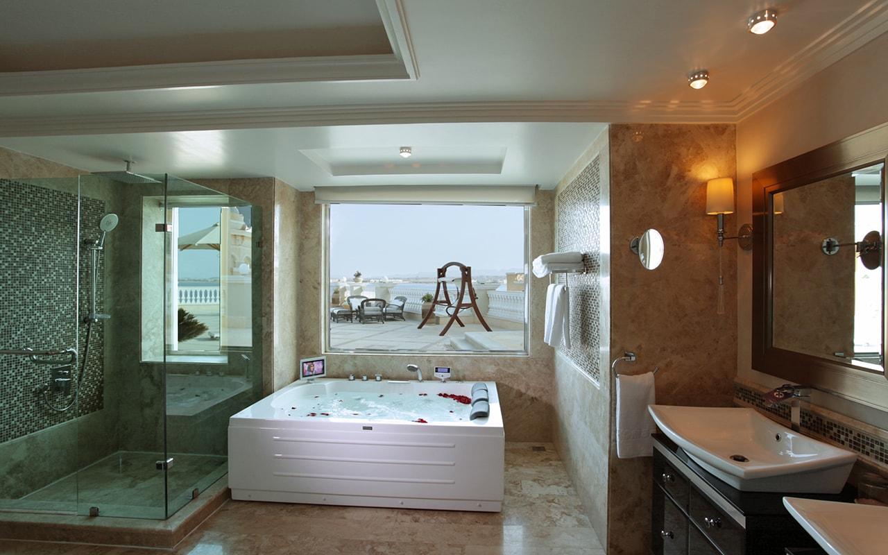 20-Suite - Bath-min