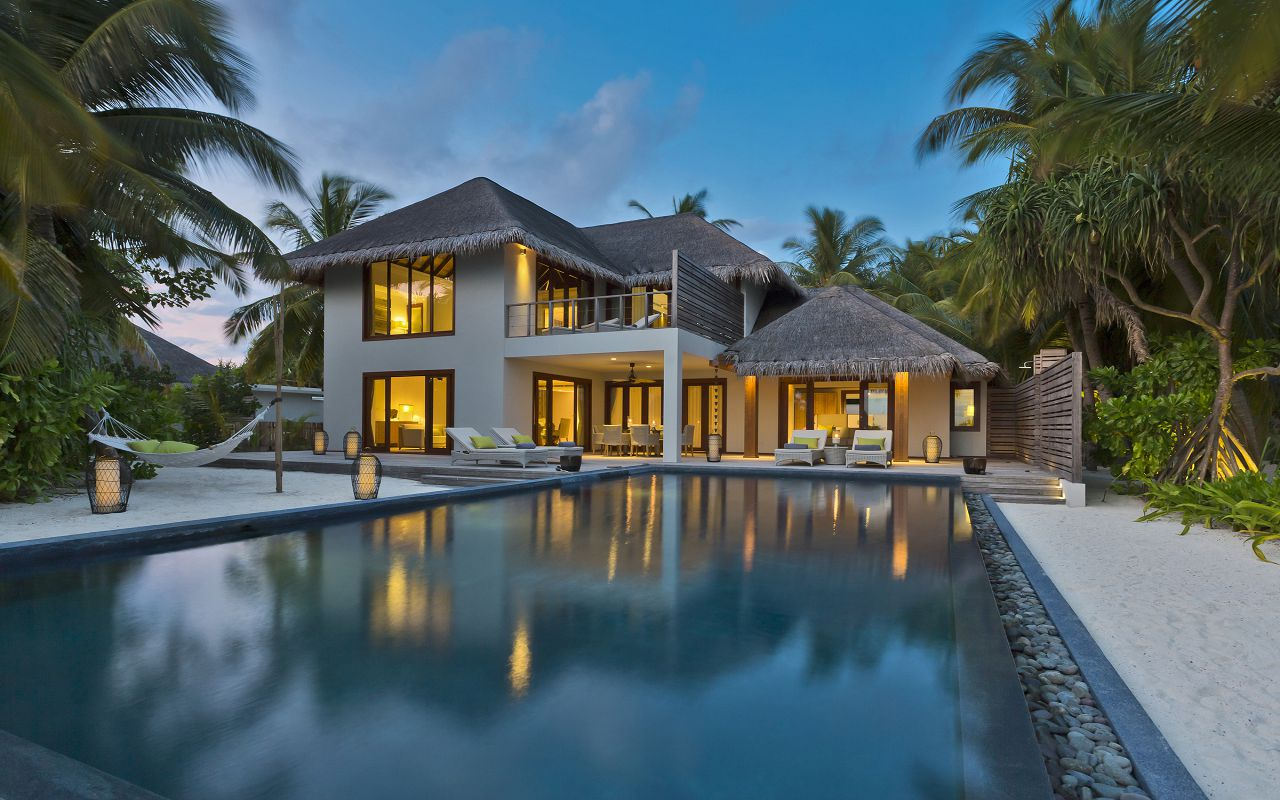 2BR Beach Residence with Pool - Exterior I