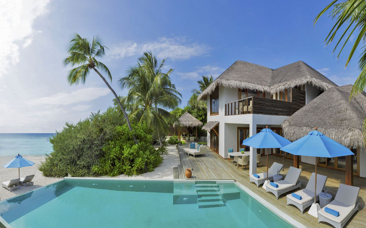 2BR Beach Residence with Pool - Exterior II