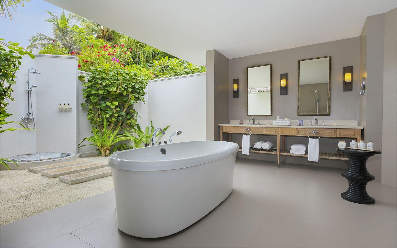 2BR Beach Residence with Pool - Ground Floor Bathroom