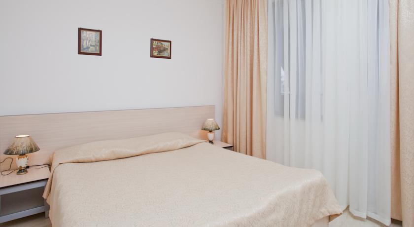 32582-Pamporovo, Grand Monastery Hotel 4  6