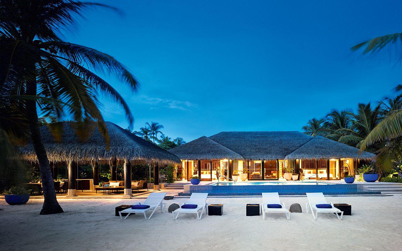 34 - Beach Pool House - Exterior