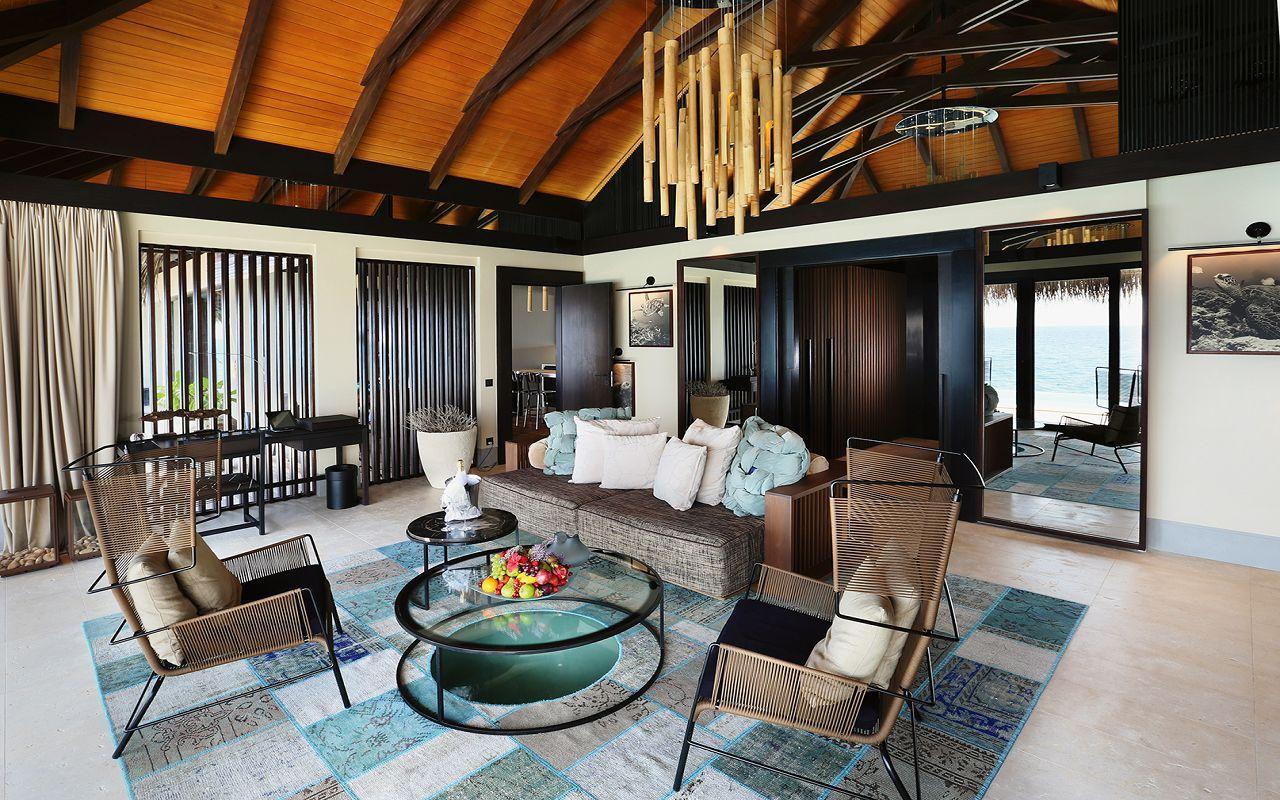 38 - Ocean Pool House - Living Room