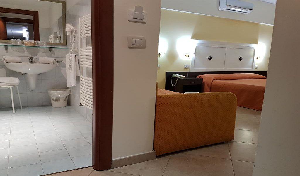 3Hotel San Vincenzo (7)