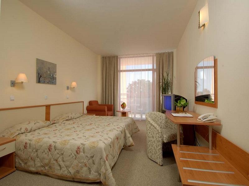 4. Helios Spa Double Room