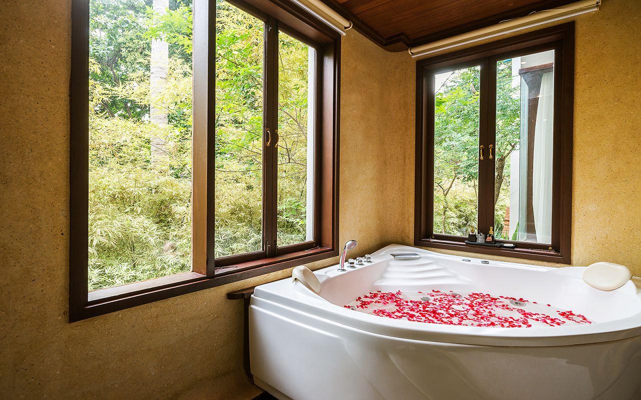 4. Muang Samui Spa Resort Grand Deluxe Suite Garden View