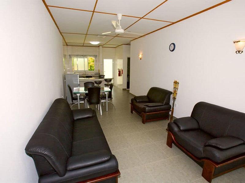 4Hide Away Holidays Apartment (1)