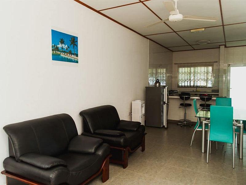 4Hide Away Holidays Apartment (12)