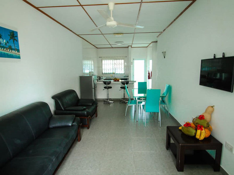 4Hide Away Holidays Apartment (20)