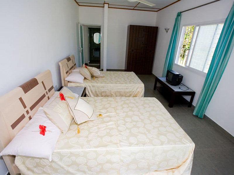 4Hide Away Holidays Apartment (9)