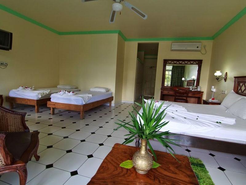 4Palm Beach Hotel (10)