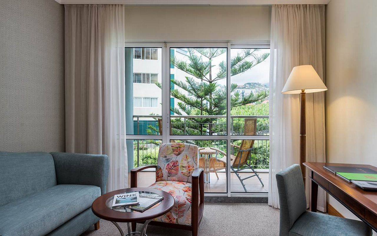 5-star-hotel-madeira-with-spa-classic-rooms-mountain