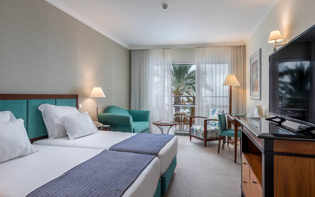 5-star-hotel-madeira-with-spa-classic-rooms