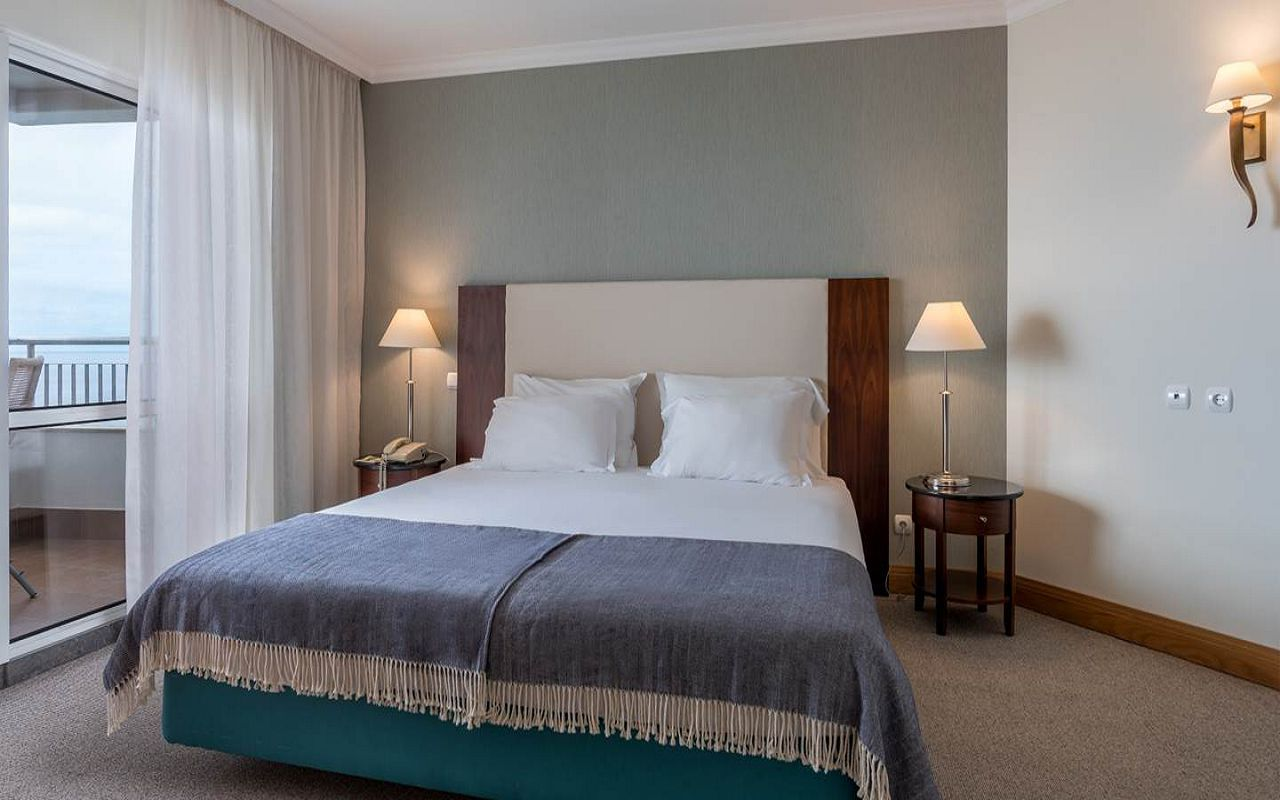5-star-hotel-madeira-with-spa-master-suites-overview