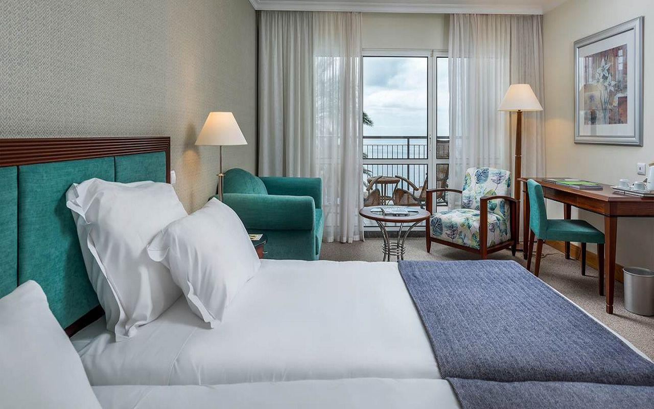 5-star-hotel-madeira-with-spa-sea-view-room
