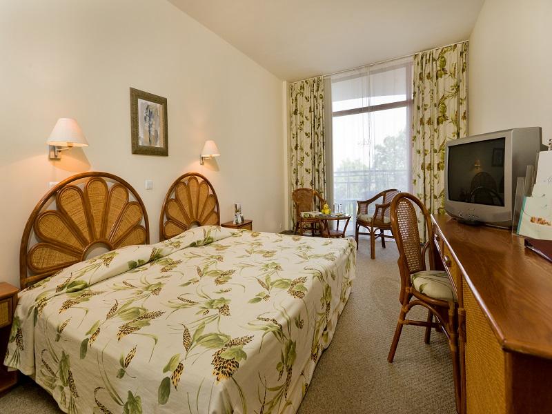 5. Helios Spa Double Room Spanish Style