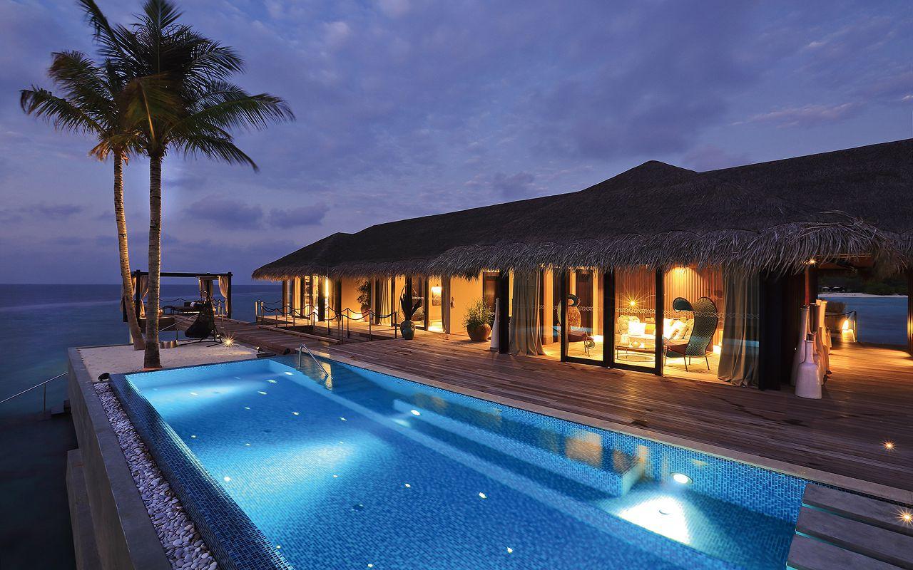 51 - Romantic Pool Residence - Exterior