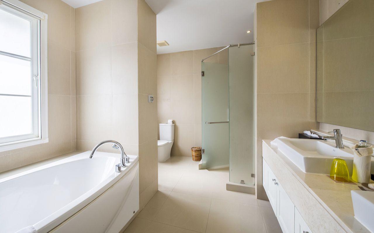 6.Villa_Satis_Bathroom