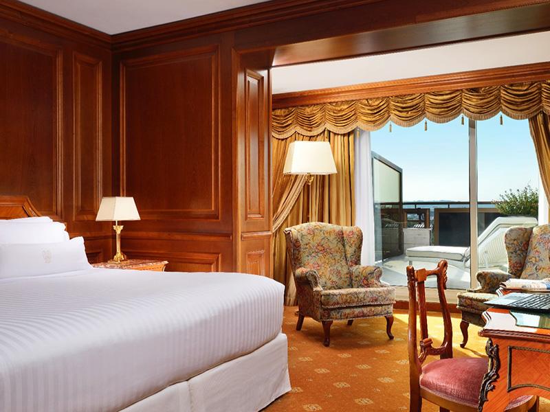 606-Bedroom