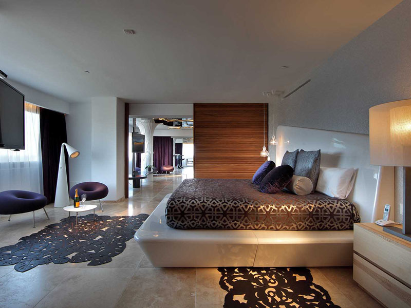 75_ushuaia-beach-hotel-top-of-the-world-suite10