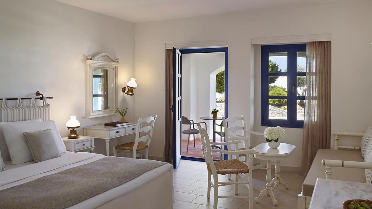 9.-Deluxe-Mountain-Garden-View-Room-Creta Maris