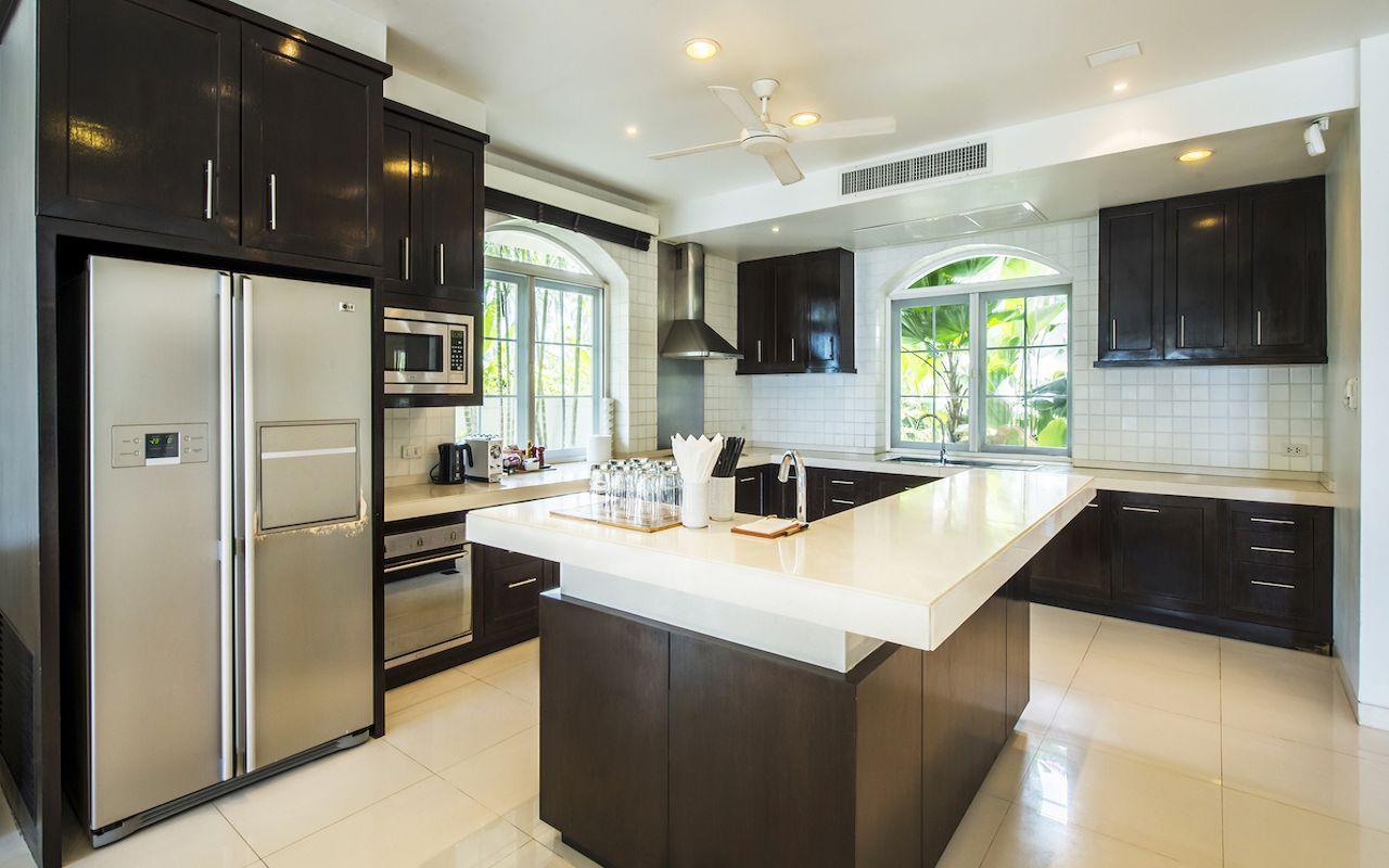 9.Villa_Satis_kitchen