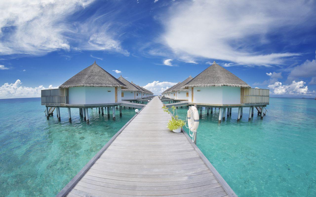 ANG-HRES-Angaga_Resort_Superior_Water_Bungalow7