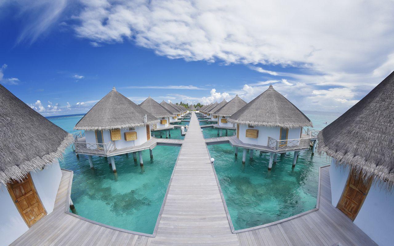 ANG-HRES-Angaga_Resort_Superior_Water_Bungalow9