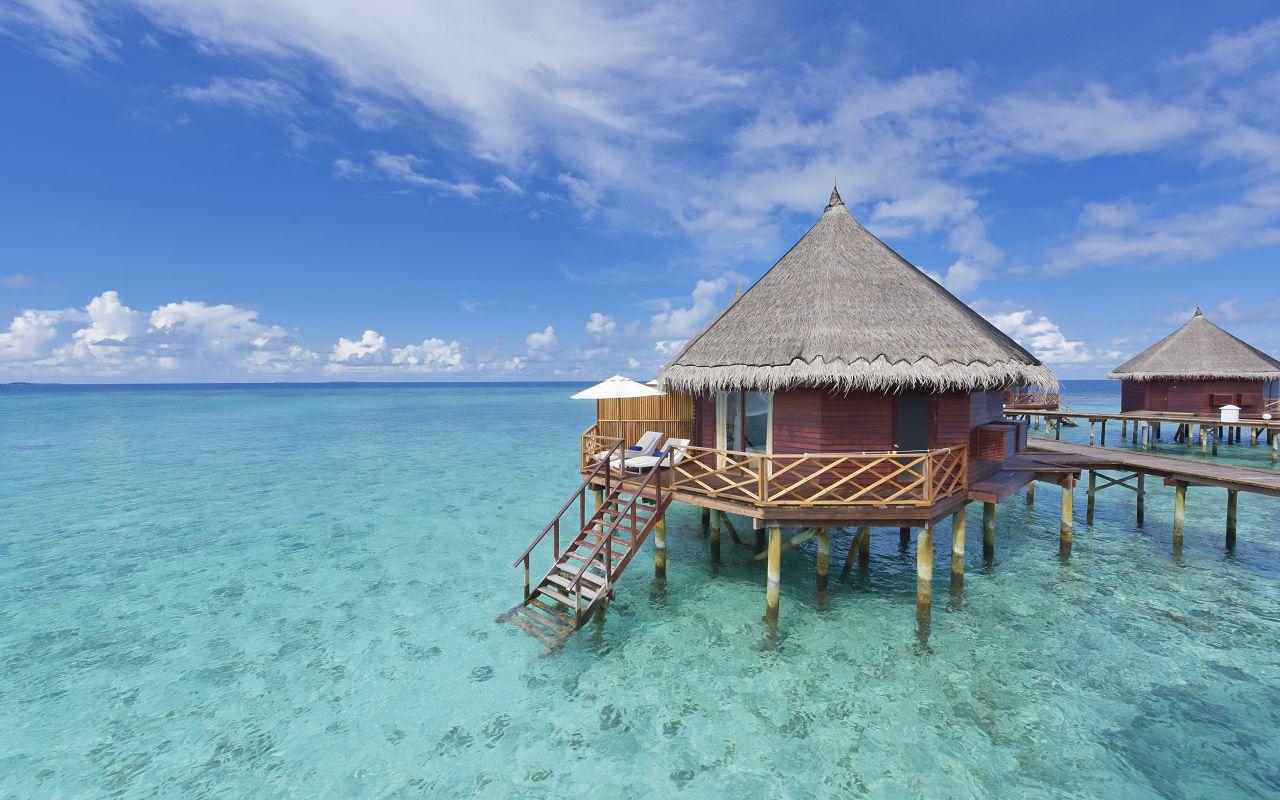 ANG-HRES-Angaga_Resort_Water_Bungalow4