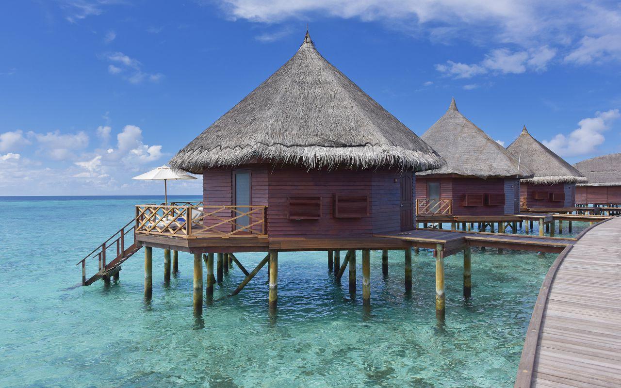 ANG-HRES-Angaga_Resort_Water_Bungalow6