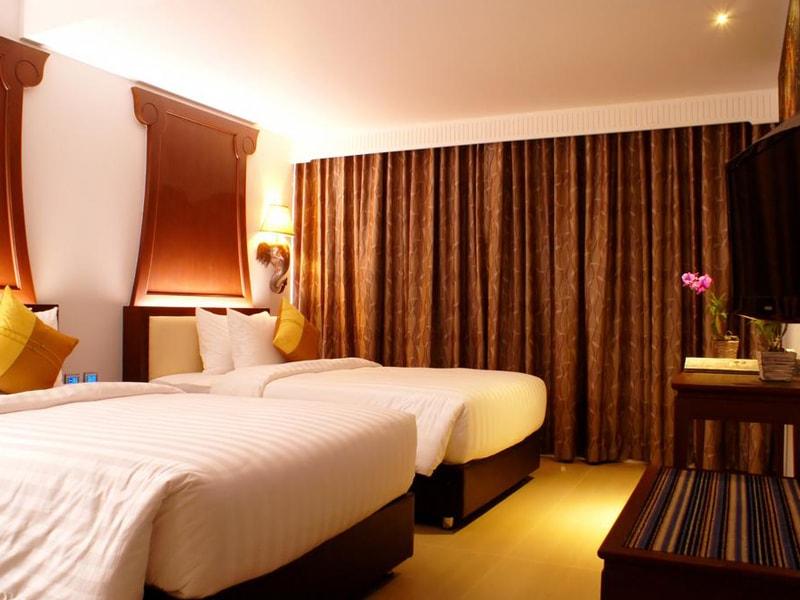Aiyara Grand Hotel (4)