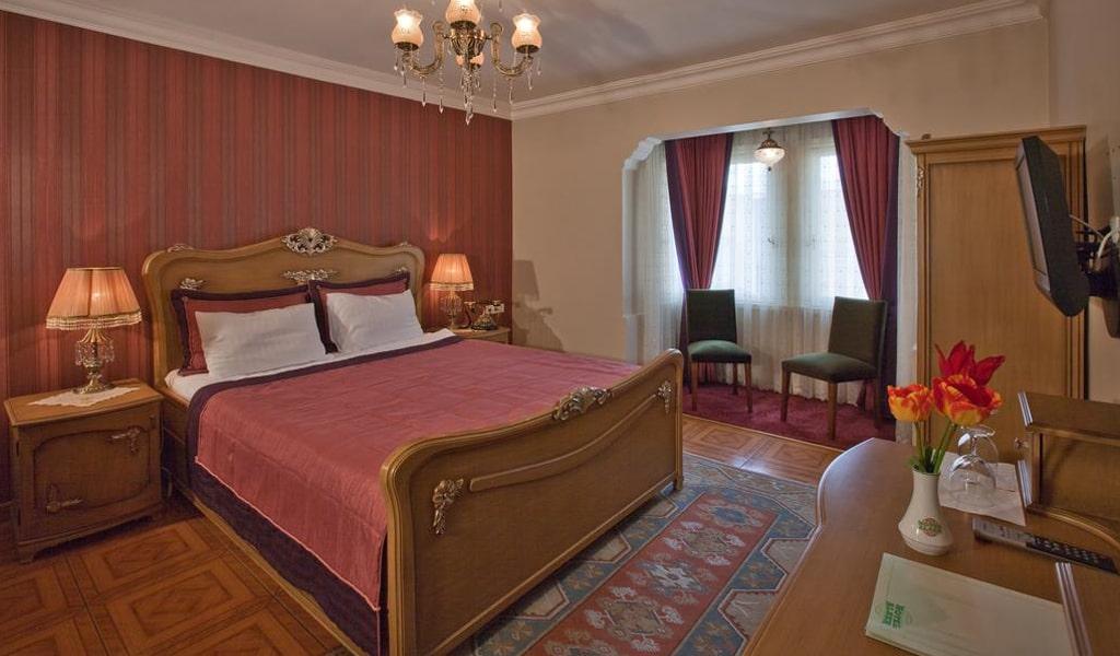 Alzer Hotel (13)