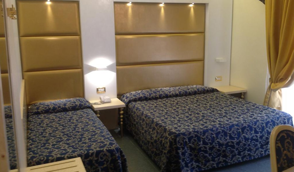 Ambassador Hotel (26)