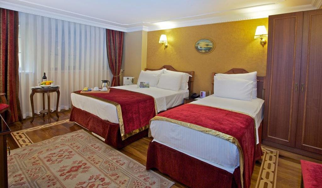 Amber Hotel (13)