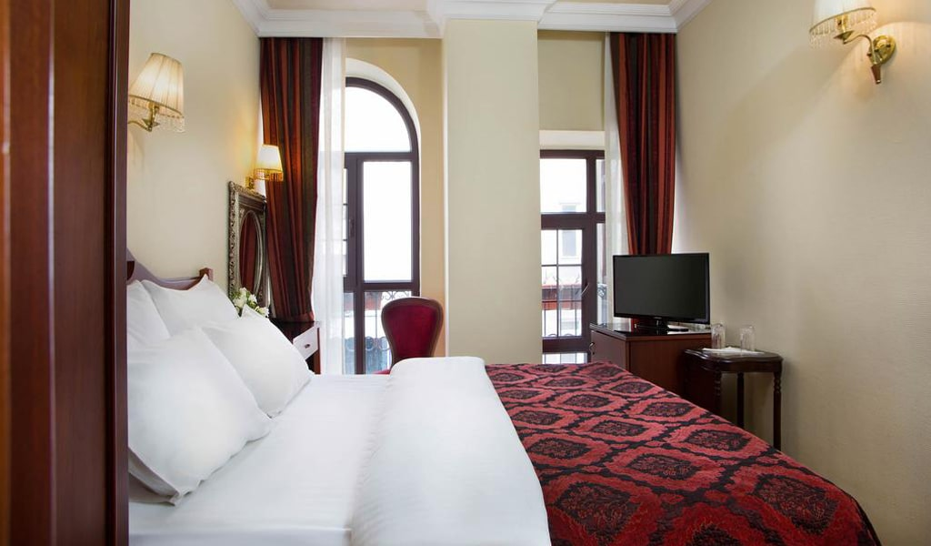 Amber Hotel (20)