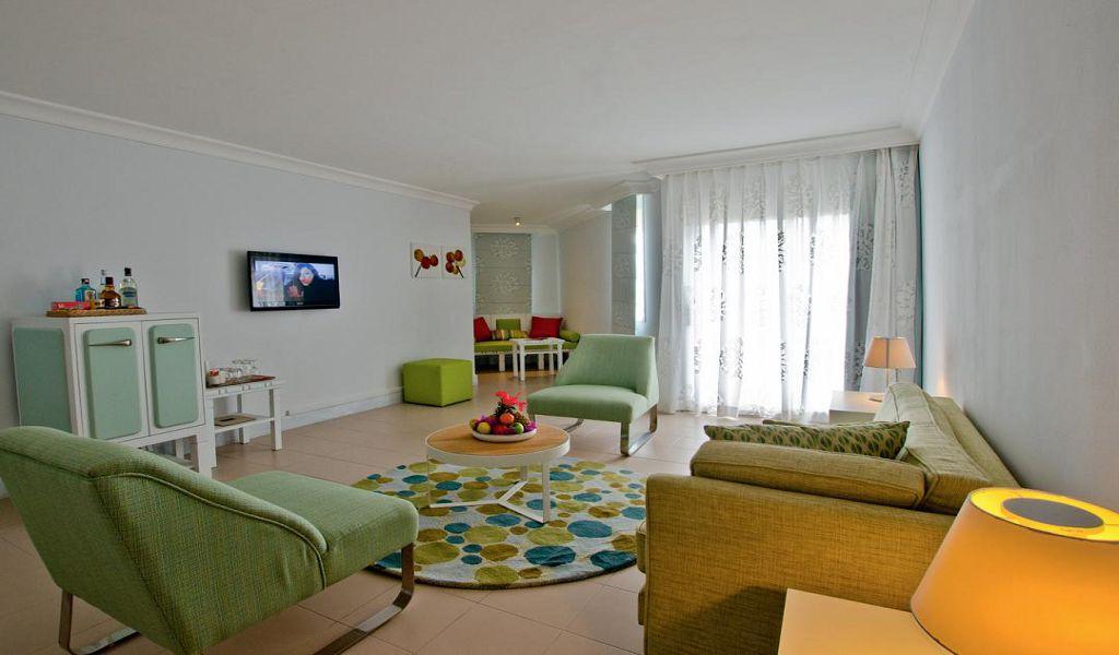 Ambre Suite1