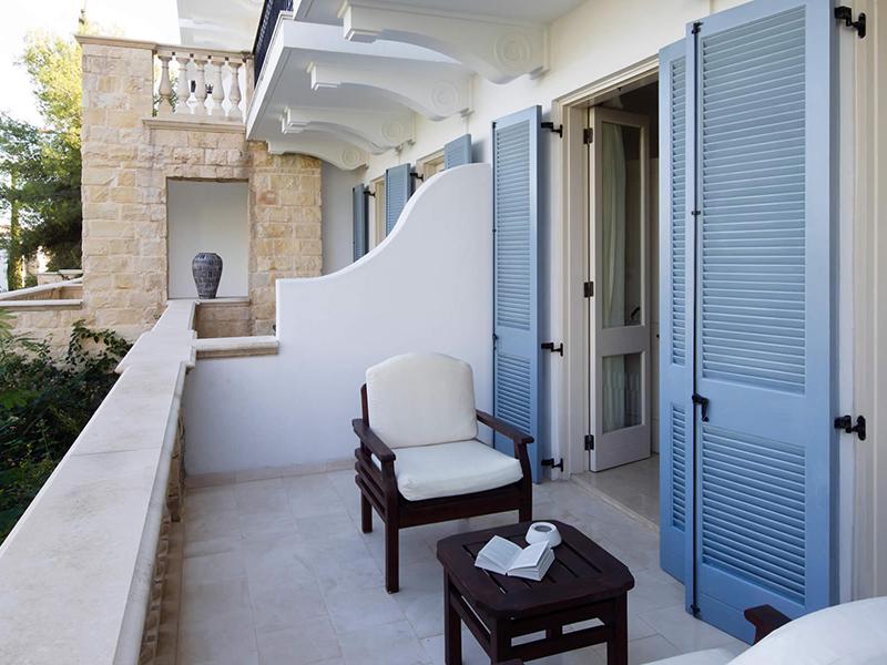 Anassa-studio-suite-balcony