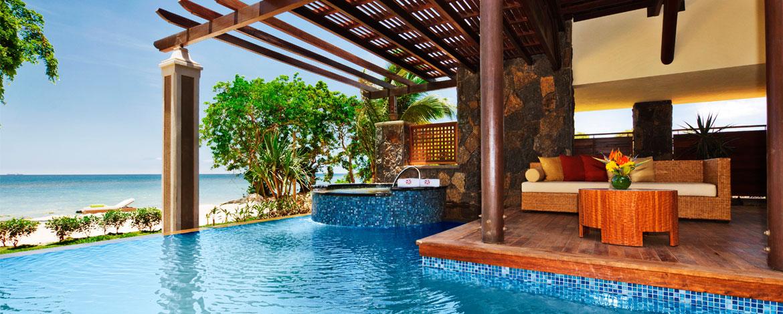 Angsana-Balaclava-Mauritius-Acc-BeachFront-Pool-Suite (3)