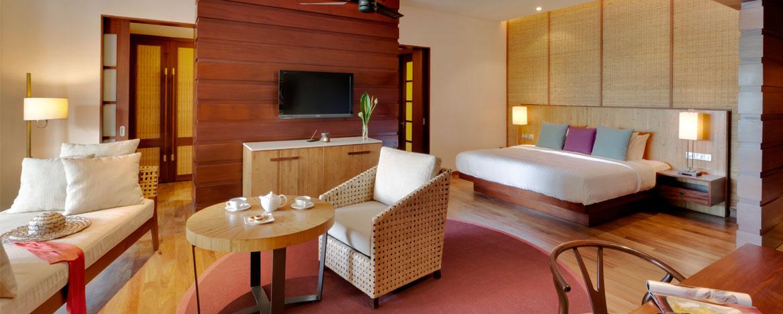 Angsana-Balaclava-Mauritius-Acc-Deluxe-Pool-Suite (2)