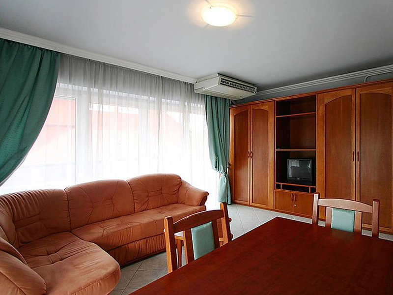 Apartment (3 Adults)2