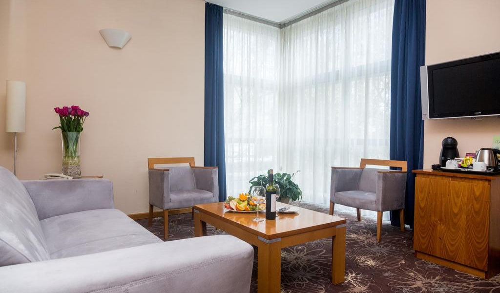 Apartment (4)-min